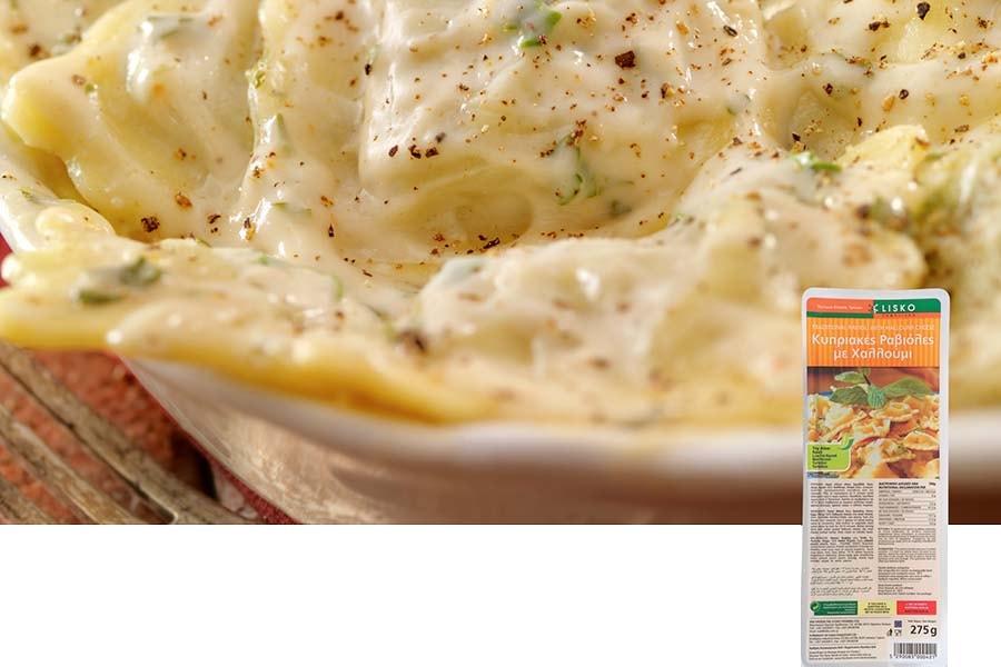 Χωριάτικες ραβιόλες με σάλτσα τυριών